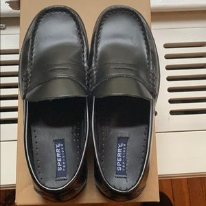 Boys Sherry Top Sider shoes excellent condition